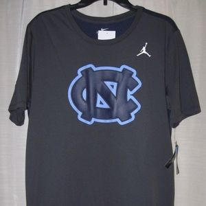 North Carolina UNC Jordan Dri-Fit Travel shirt NWT